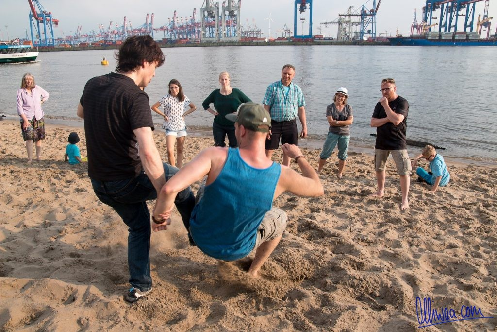 Dojo is where sensei is: Hamburg beach